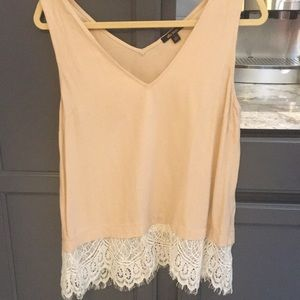 Ella Moss Lace Detailed Top ✨